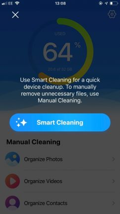 Streamline your address book with Smart Cleaning